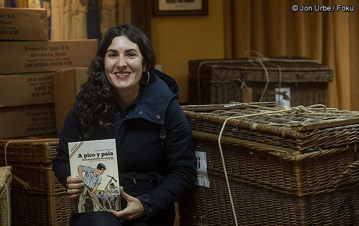 """Aiala Oronoz: """"Niretzat, garrantzia du Irunen jazotakoa dokumentatu izanak"""""""