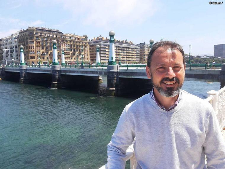 """Jose Emilio Lafuente: """"Gizarte bazterketa eta pobrezia gaztetzen ari dira"""""""