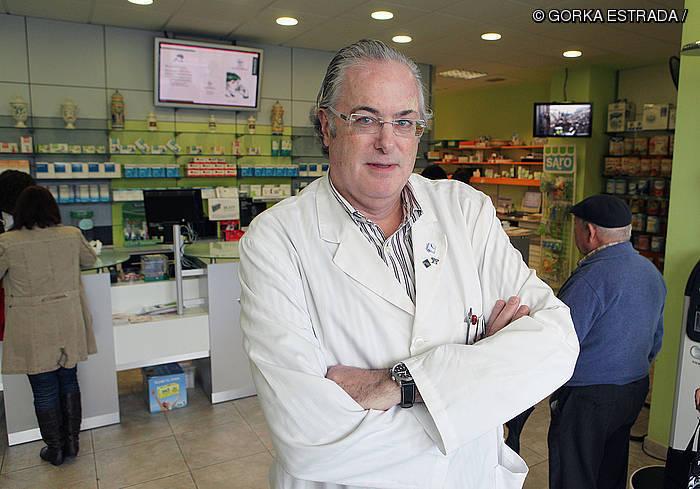"""Miguel Angel Gastelurrutia: """"Pauso garrantzitsua da mediku errezeten iruzurra saihesteko"""""""